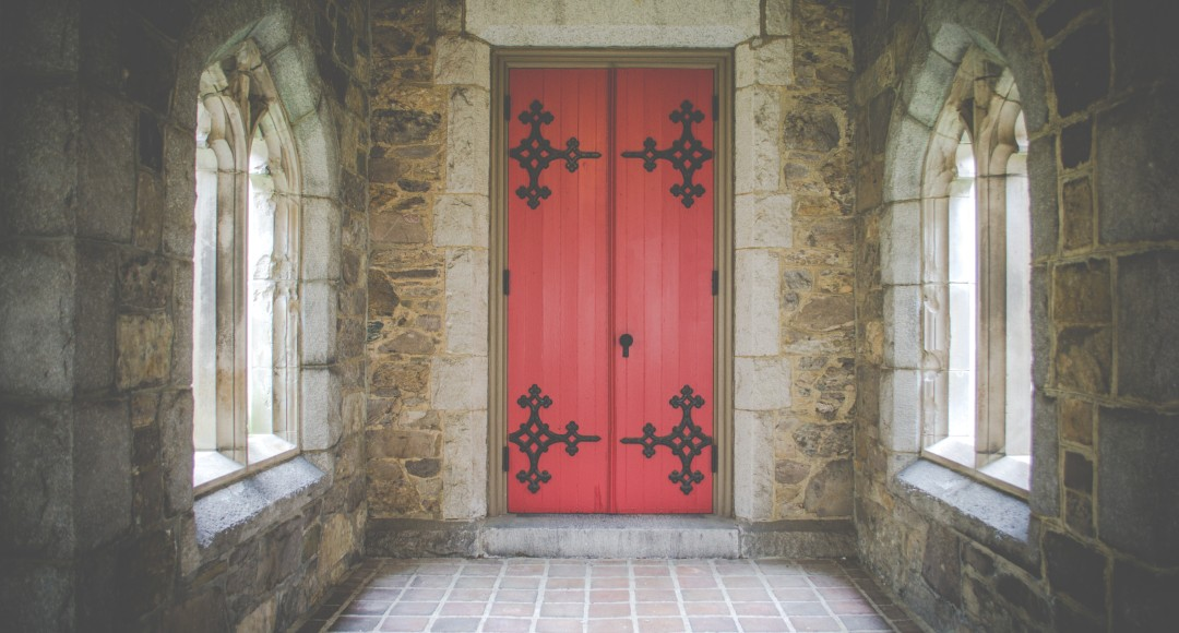 Knowing When God Opens And Closes Doors In Our Lives & Knowing When God Opens And Closes Doors In Our Lives | Inspired by Him